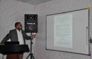(ا.م.د. ليث محمد عباس) يقيم ورشة عمل حول (فعالية لقاح فايروس الروتا لدى الاطفال  دون سن الخامسة)