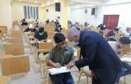 السيد عميد كلية الطب يتفقد سير الامتحانات الحضورية في الكلية