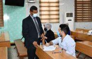 السيد مساعد رئيس الجامعة للشؤون العلمية يزور الكلية لمتابعة سير الامتحانات النهائية